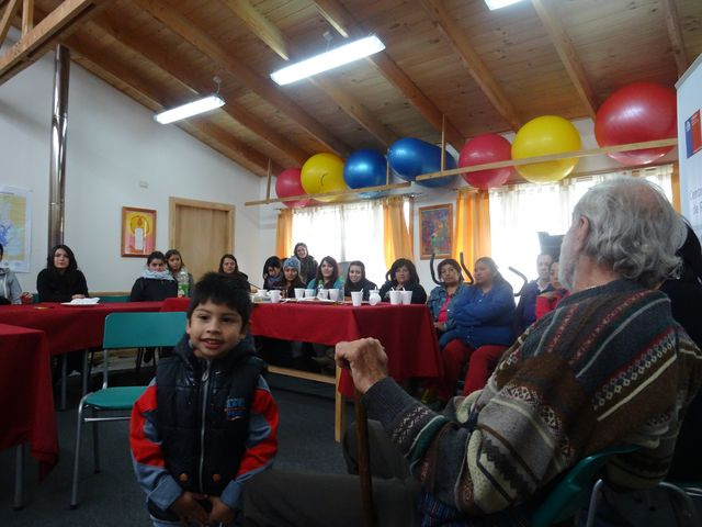 I met with mothers at the *Centro Comunitario de Rehabilitación* in Saavedra, which they had started with the help of the OT school in Temuco.
